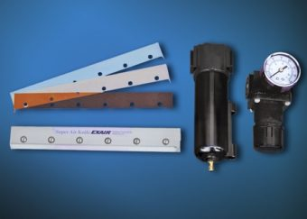 Zestawy zawierają nóż powietrzny Super, komplet podkładek, separator-filtr i regulator ciśnienia.