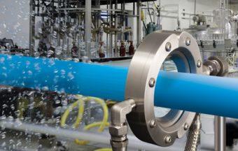 Dysza pierścieniowa Super ze stali nierdzewnej nadaje się do zastosowań w przemyśle spożywczym, chemicznym i farmaceutycznym, jak również do środowisk korozyjnych lub o wysokiej temperaturze.