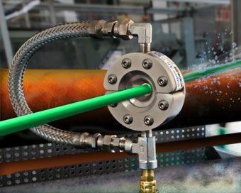 Dysza toroidalna Super  ze stali nierdzewnej jest idealna do suszenia przewodów, rur, światłowodów, kabli i innych wyrobów o małej średnicy.