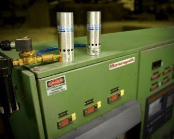 Podwójne chłodnice szaf sterowniczych są dostępne jako modele w klasie NEMA 12, 4 i 4X.