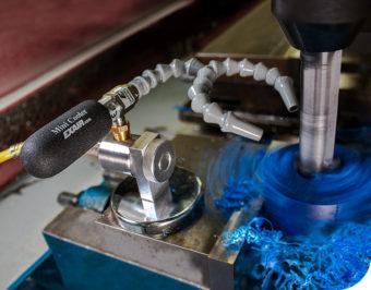 Podstawa magnetyczna w zestawie z mini chłodnicą miejscową oraz dwupunktowym wężem chłodzącym